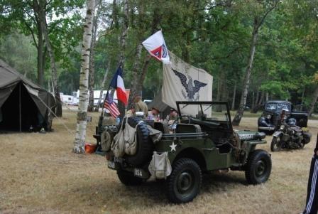 Jeep équipée radio de 1944 à la forêt de Montgeon.